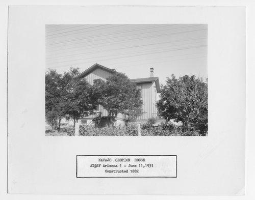 Atchison, Topeka and Santa Fe Railway Company section house, Navajo, Arizona - Page