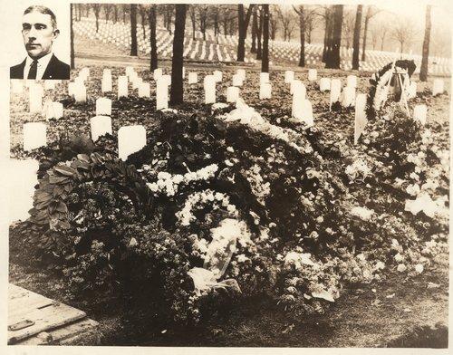 Davis W. Burns' grave, Lansing, Kansas - Page