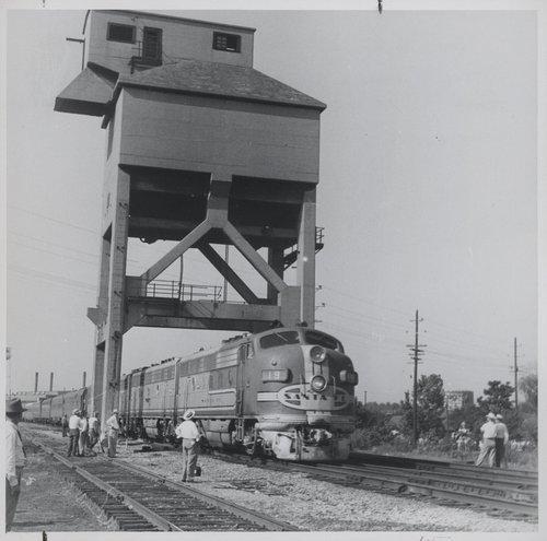Atchison, Topeka & Santa Fe Railway Company coal chute, Baring, Missouri - Page