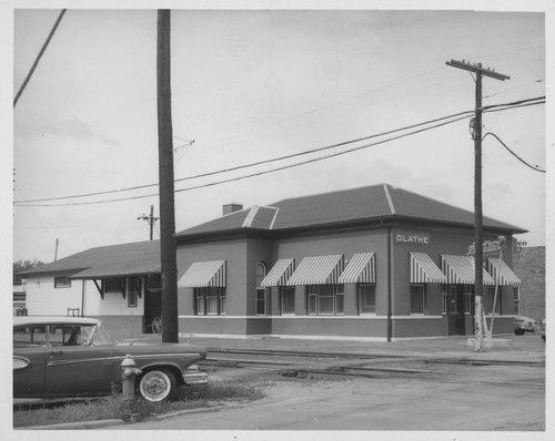 Atchison, Topeka and Santa Fe Railway Company depot, Olathe, Kansas - Page