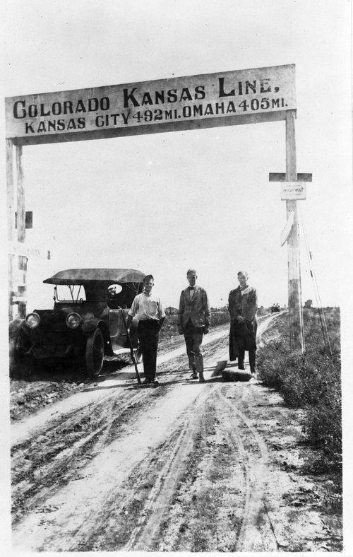 Colorado, Kansas road sign - Page