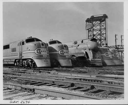 Atchison, Topeka & Santa Fe Railway Company's diesel and steam locomotives, Chicago, Illinois - Page