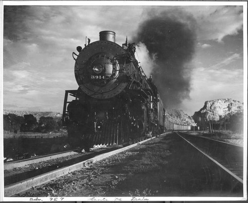 Atchison Topeka & Santa Fe Railway Company's westbound freight train - Page