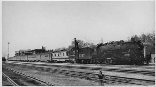 Atchison, Topeka  & Santa Fe Railway steam engine 1317, Emporia, Kansas - Page