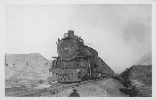Atchison, Topeka & Santa Fe steam engine 1802 - Page