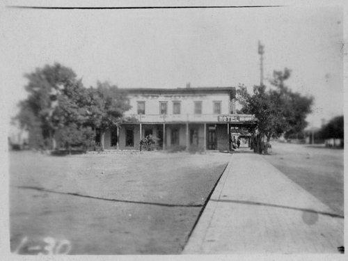Cleveland House, Cimarron, Kansas - Page