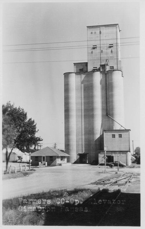 Farmers Co-op elevator, Cimarron, Kansas - Page