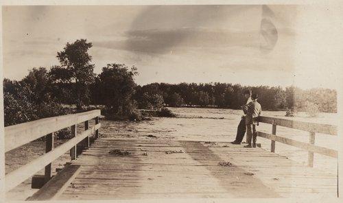 Flood waters, Cimarron, Kansas - Page