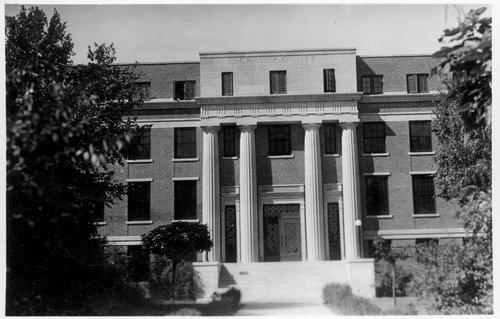 Gray County Courthouse, Cimarron, Kansas - Page