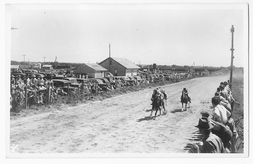 Horse race, Gray County, Kansas - Page