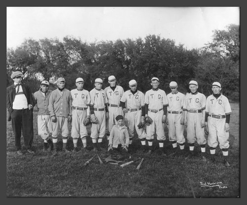 Topeka Grays baseball team, Topeka, Kansas - Page