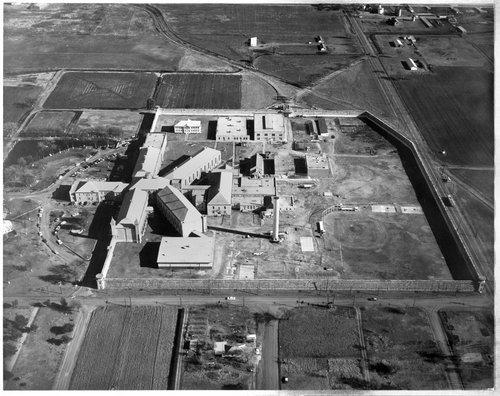 Kansas Industrial Reformatory, Hutchinson, Kansas - Page