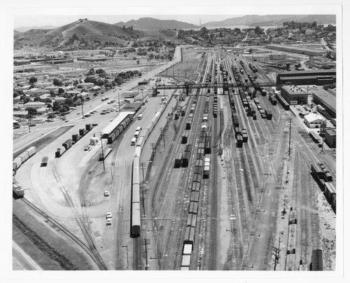 Atchison, Topeka & Santa Fe yards, Richmond, California - Page