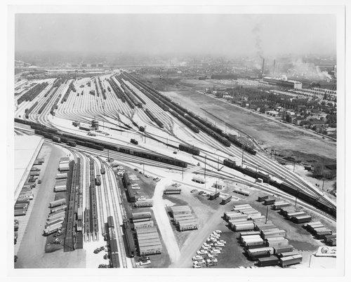 Atchison, Topeka & Santa Fe Railway Compay's rail yard, Corwith, Illinois - Page