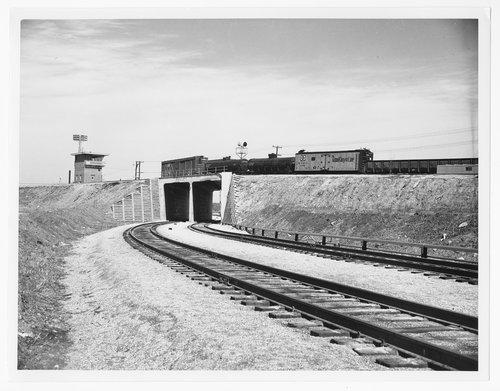 Atchison, Topeka & Santa Fe hump yard, Argentine, Kansas - Page