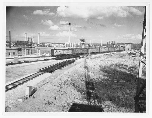 Atchison, Topeka & Santa Fe Railway Company hump yard, Argentine, Kansas - Page