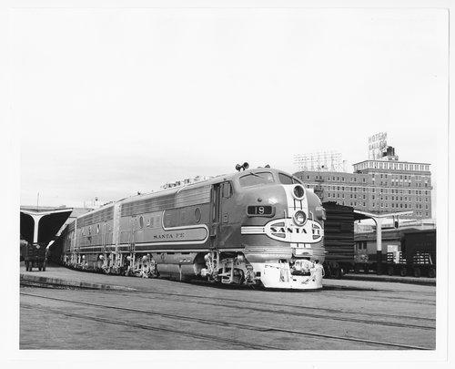 Atchison, Topeka & Santa Fe Railway Company's Texas Chief, Dallas, Texas - Page