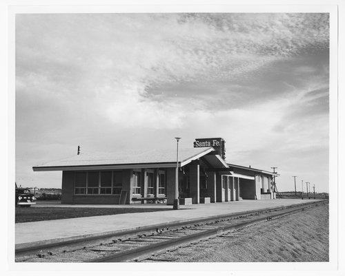 Atchison, Topeka and Santa Fe Railway Company depot, Denton, Texas - Page