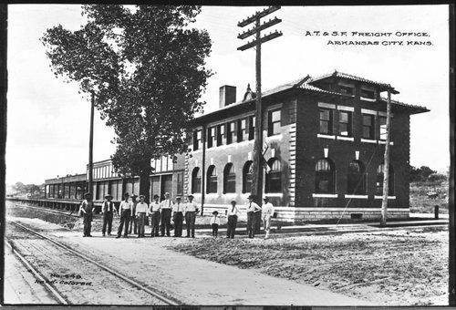 Atchison, Topeka & Santa Fe freight office, Arkansas City, Kansas - Page