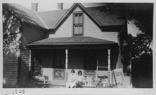 Residence of Rachel Strange Walls Marshall, Marshall County, Kansas - Page