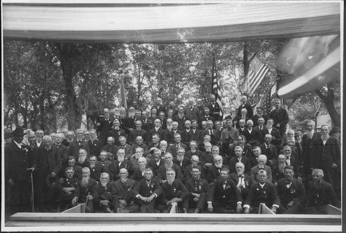 Photograph of members from the Grand Army of the Republic, Washington Post No. 12, in Lawrence, 1902