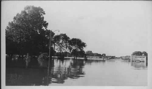 1951 flood, Topeka, Kansas - Page