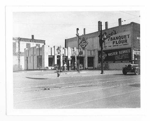 Nowlan's service station, Topeka, Kansas - Page
