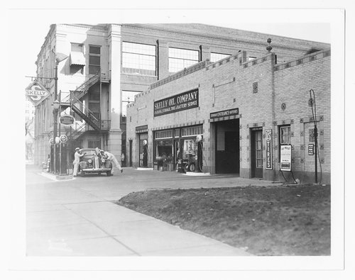 Skelly Oil Company service station, Topeka, Kansas - Page