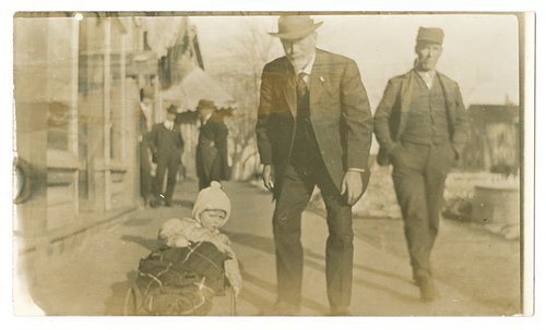 Cyrus Leland, Jr., with a child - Page