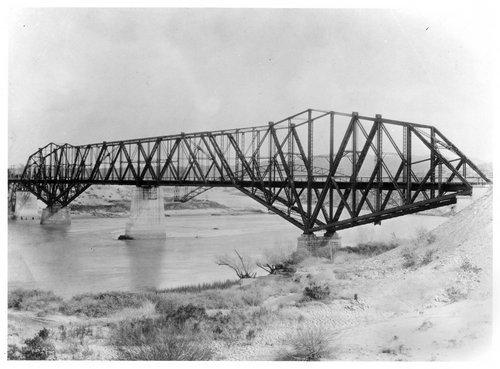 Atchison, Topeka & Santa Fe bridge, Topock, Arizona - Page