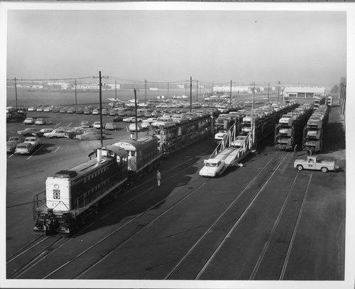 Atchison, Topeka & Santa Fe Railway's autoveyor facility - Page