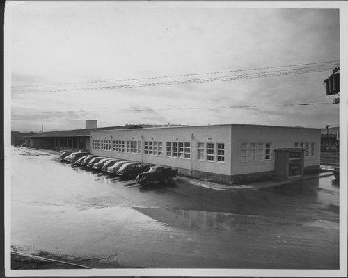 Atchison, Topeka & Santa Fe Railway freight house, San Francisco, California - Page
