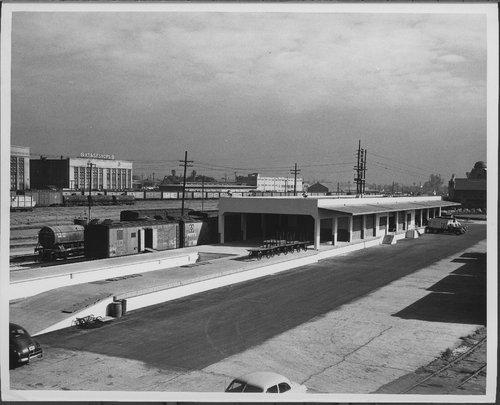 Atchison, Topeka & Santa Fe Railway freight station, San Bernardino, California - Page