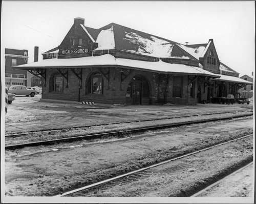 Atchison, Topeka & Santa Fe Railway Company depot, Galesburg, Illinois - Page