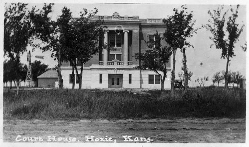 Courthouse in Hoxie, Sheridan County, Kansas - Page