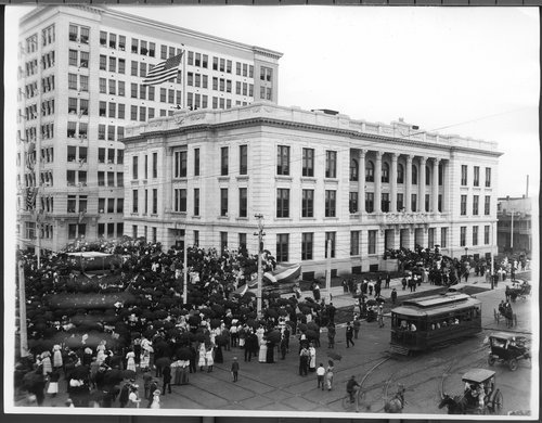Memorial Building, Topeka, Kansas - Page