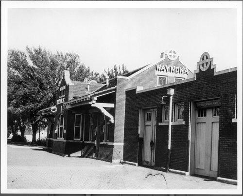 Atchison, Topeka & Santa Fe Railway Company depot, Waynoka, Oklahoma - Page