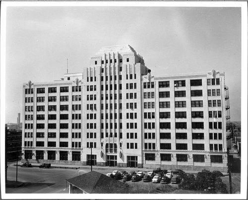 Atchison, Topeka & Santa Fe Railway Company's general office building, Gavleston, Texas - Page