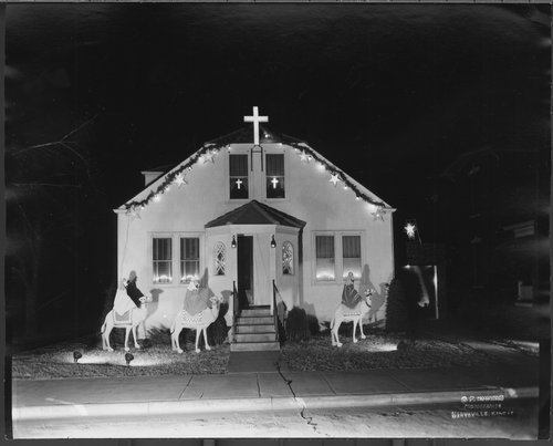 Christmas decorations, Marysville, Kansas - Page
