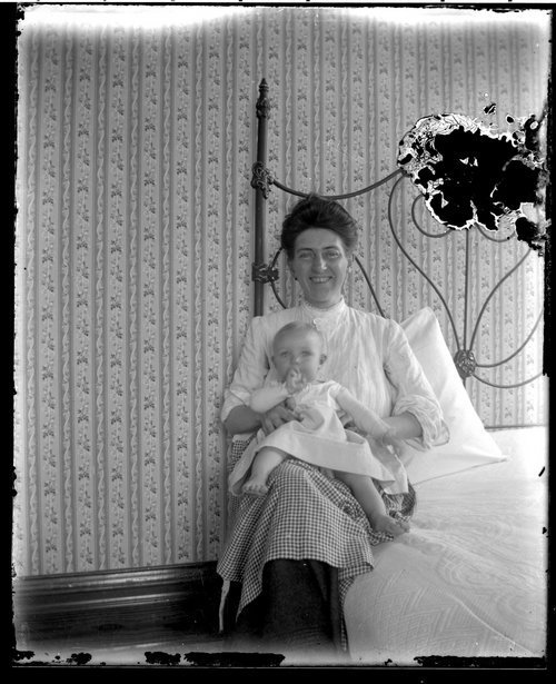 Unidentified mother and child - Page