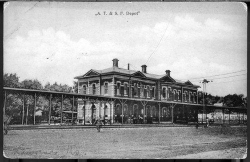 Atchison, Topeka & Santa Fe Railway Company depot, Lawrence, Kansas - Page
