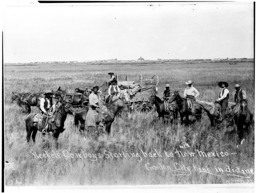 Heekel's cowboys starting back to New Mexico, Finney County, Kansas - Page