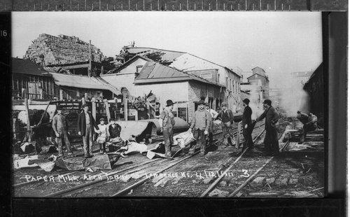 Tornado damage, Lawrence, Kansas - Page
