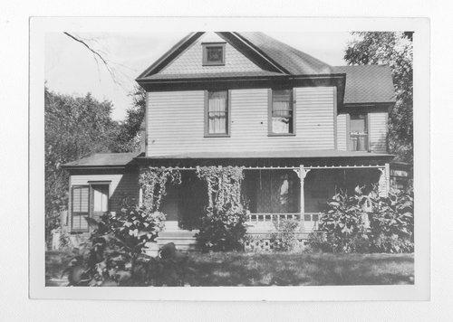 Dr. Stephen E. Smith home, Topeka, Kansas - Page