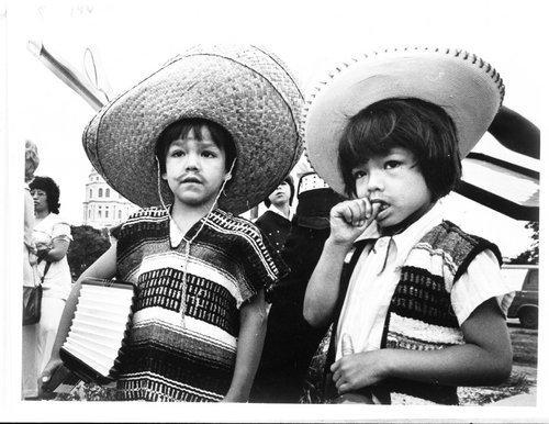 Fiesta Mexicana, Topeka, Kansas - Page