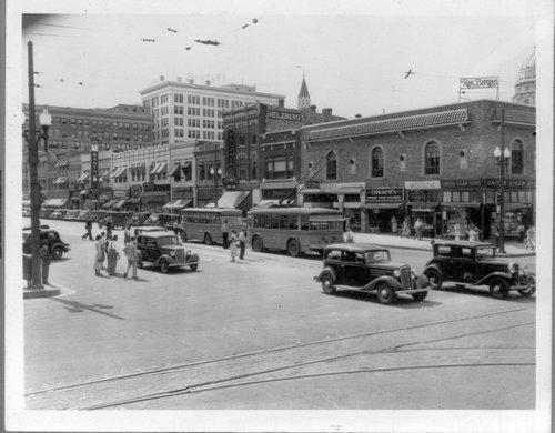 Kansas Avenue, Topeka, Kansas - Page