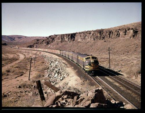 Atchison Topeka & Santa Fe Railway Company freight train, Kingman, Arizona - Page