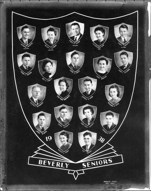 Photograph of the Beverly High School seniors, 1938.