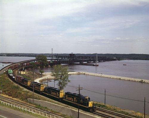 Atchison Topeka & Santa Fe Railway Company freight train, Mississippi River bridge - Page