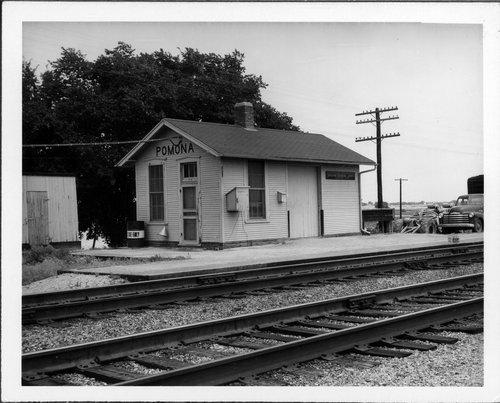 Atchison, Topeka & Santa Fe Railway Company depot, Pomona, Kansas - Page